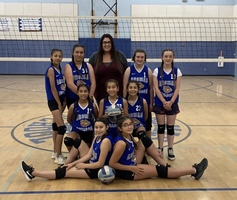 7TH GRADE GIRLS' VOLLEYBALL TEAM HAS AN UNDEFEATED SEASON!